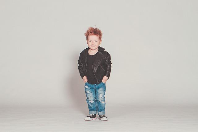 ファッショナブルな男の子の画像