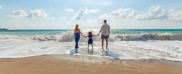 家族で海へ